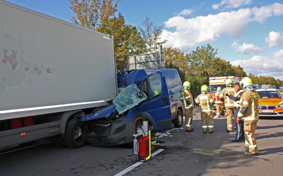 Erneut schwerer Verkehrsunfall