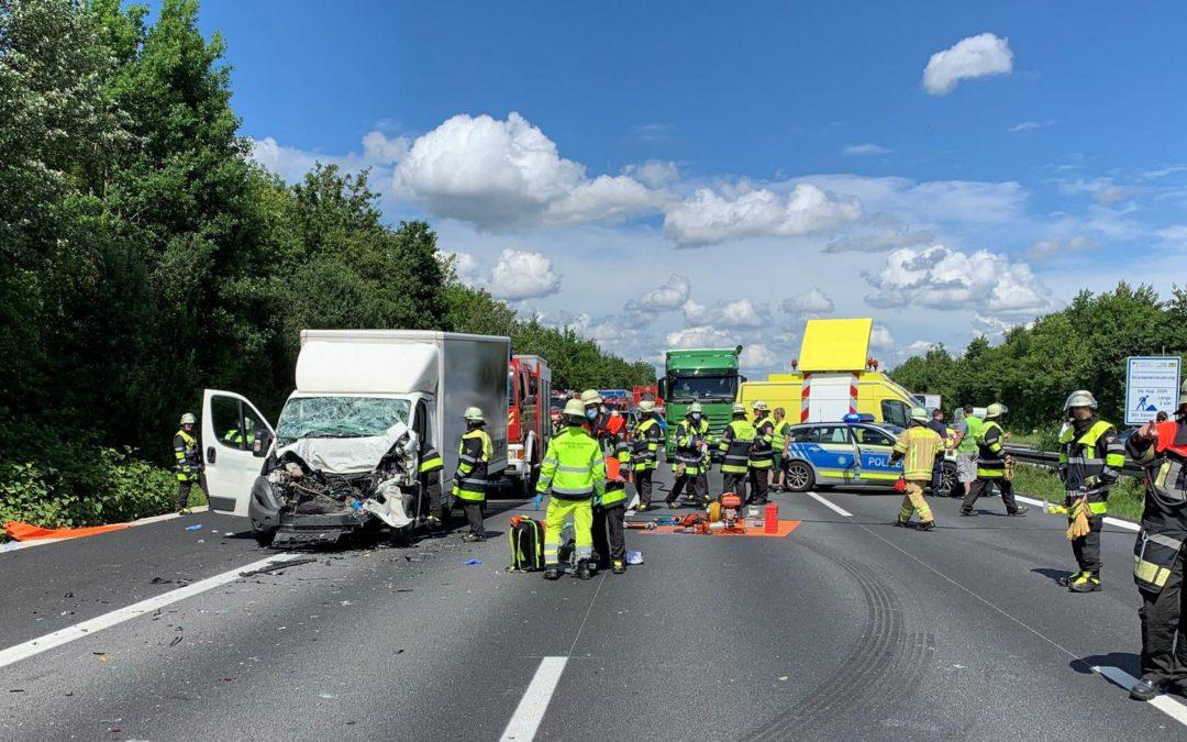 Schwerer LKW Unfall